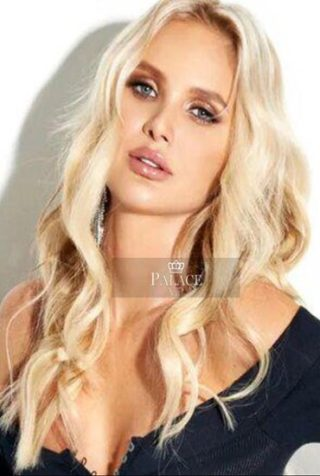 Lana, 23 years old Russian escort in London