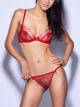 Irena, 23 years old Romanian escort in London, United Kingdom